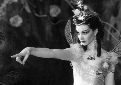 "Vivien Leigh (as Titania) dans ""A Midsummer Night's Dream"""
